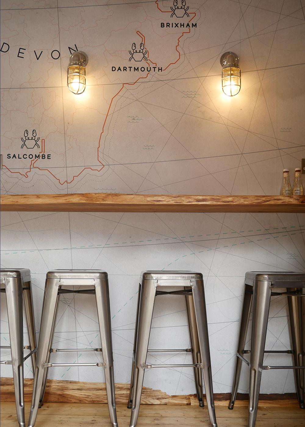 Claw-seafood-branding-wallpaper-design-runforthehills-cool-london-graphics-interior